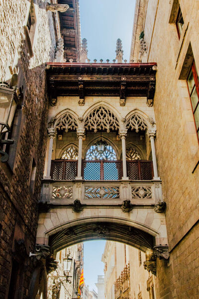 Barcelona-Gothic-Quarter-expand-for-slide-show-if-possible400x600